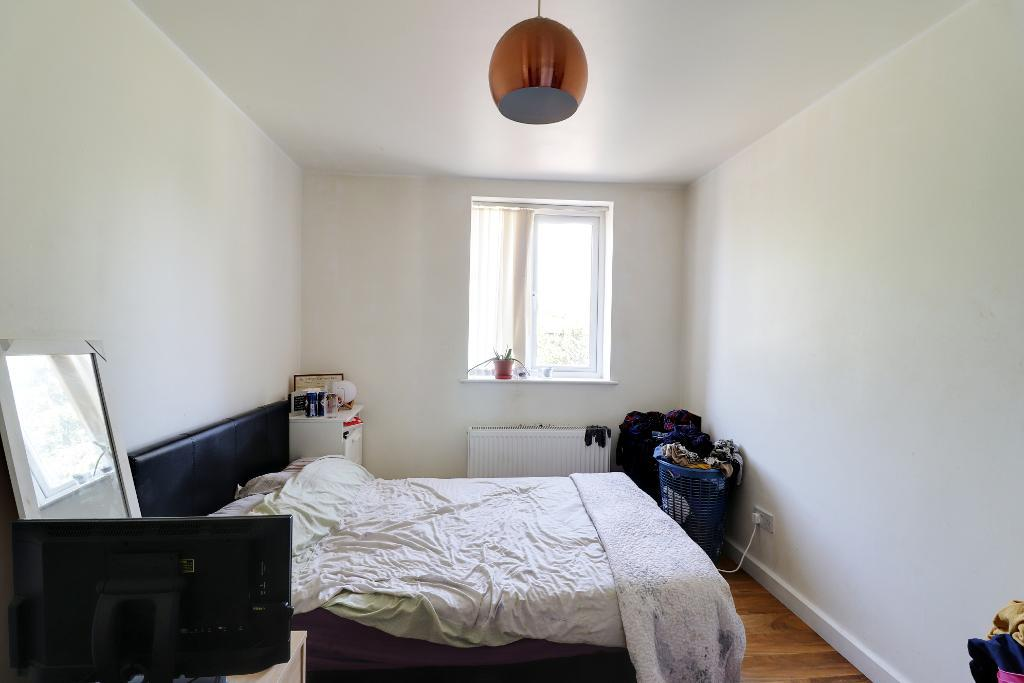 3 Bedroom Terraced for Sale in Didsbury, M20 3EB