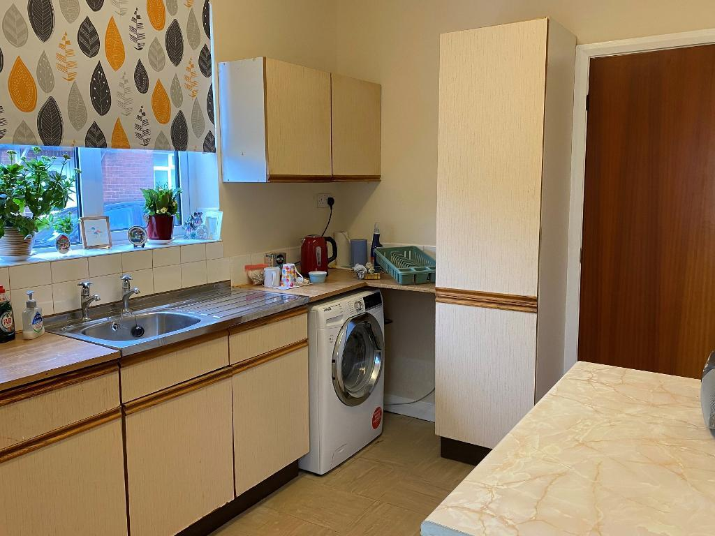 3 Bedroom End Terraced for Sale in Altrincham, WA14 5HS
