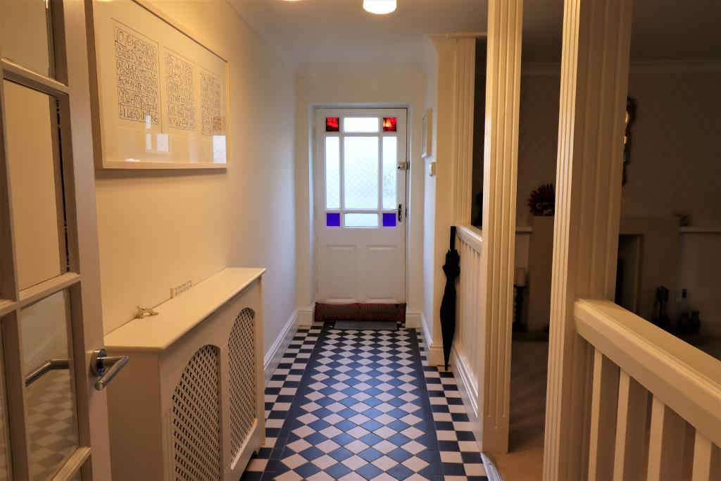 2 Bedroom Flat for Sale in Bowdon, WA14 2JD