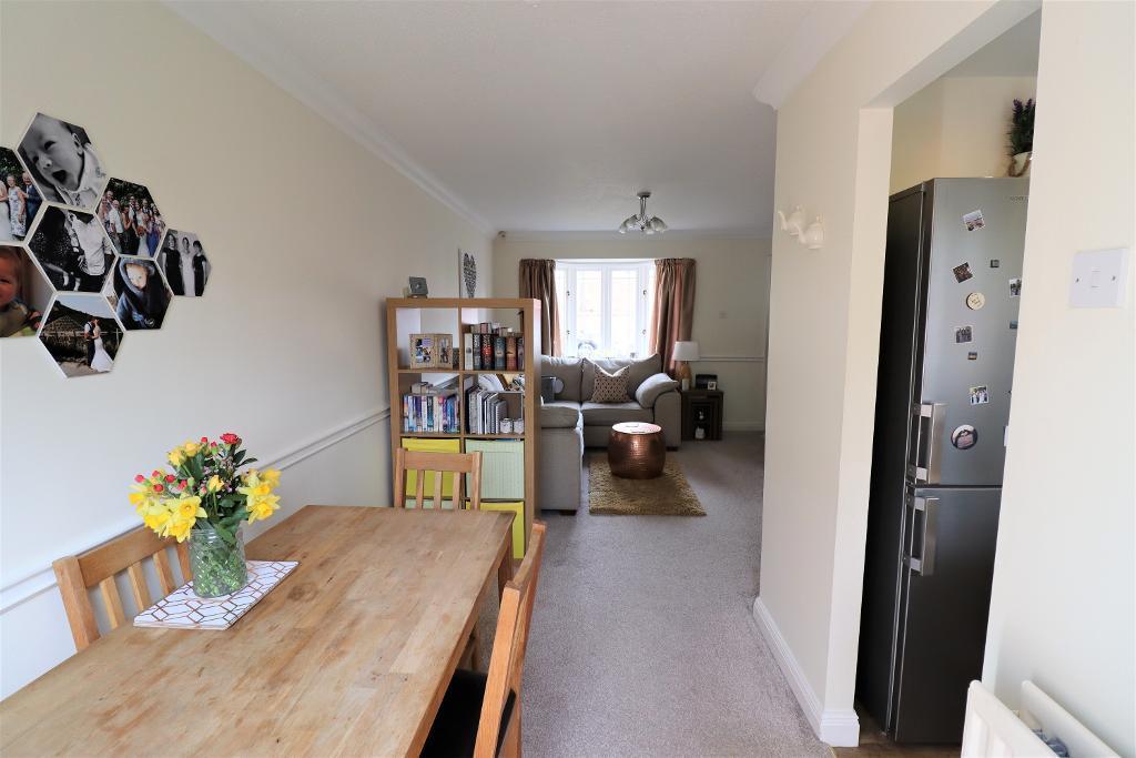 2 Bedroom Semi-Detached for Sale in Wilmslow, SK9 2GB
