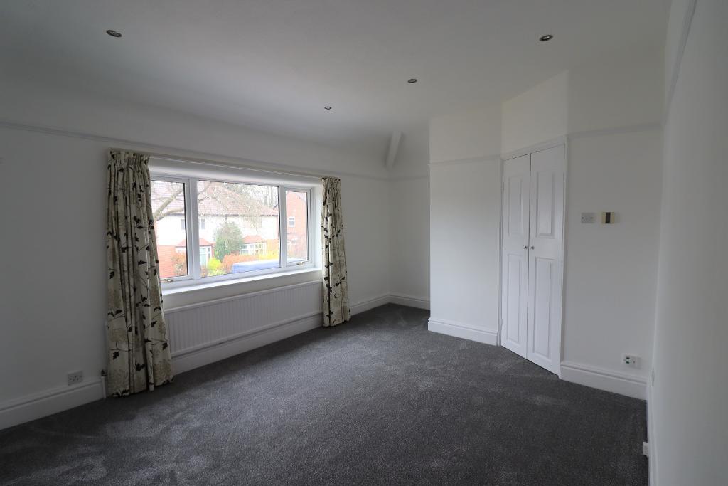 3 Bedroom Semi-Detached for Sale in Sale, M33 4AP