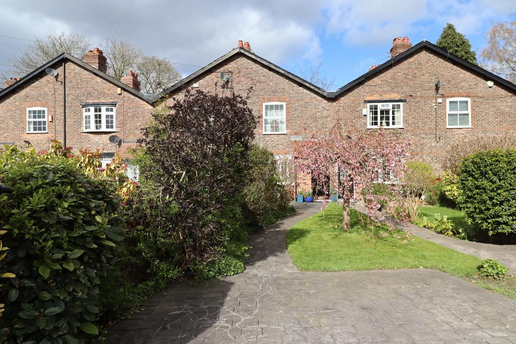 2 Bed Terraced Property for Sale in Hale, WA15 8JQ