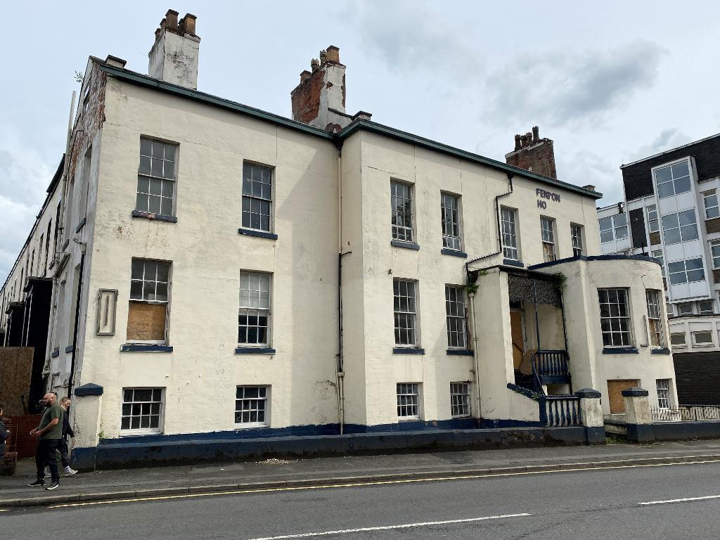 11 Bedroom Detached for Sale in Manchester, M12 6BZ